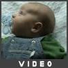 Hlavička novorozence