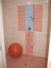 Modrý sál sprcha