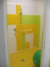 Žlutý sál sprcha